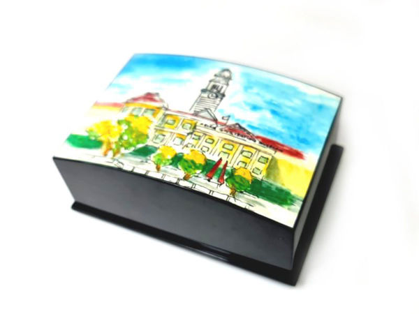 Picture of Heartgifts Curved Lacquerware businesscard box