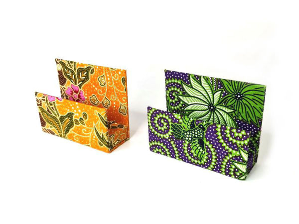 Picture of Heartgifts Standable Batik Card Holder