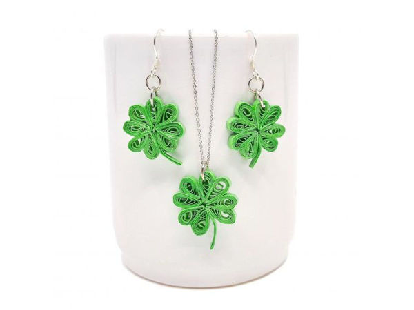 Picture of Lucky Clover Pendant & Earrings