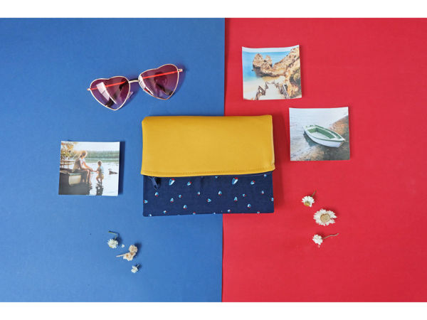 Picture of Boat Mustard Navy Pursebook