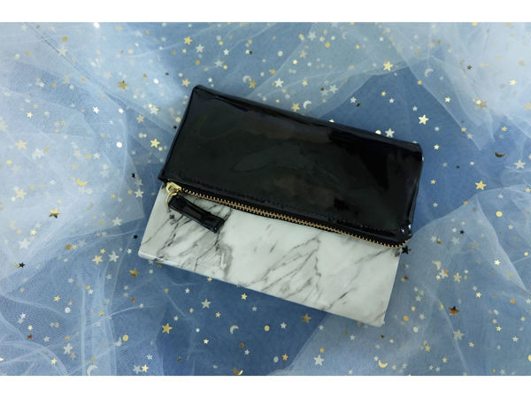 Picture of Marble Pursebook