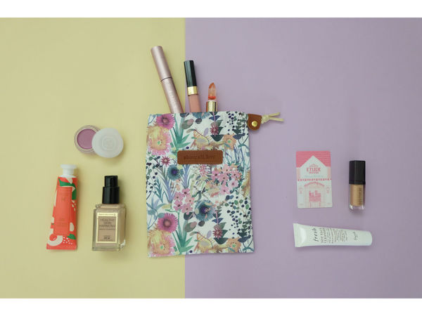 Picture of Floral Drawstring Pouch