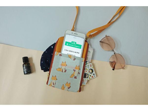 Picture of Jang Fox Dual Zip Sling Bag