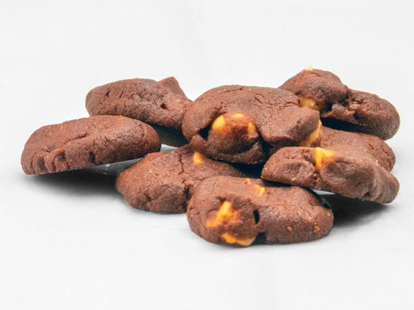Picture of Eggless Chocolate w Macadamia Nuts Cookies