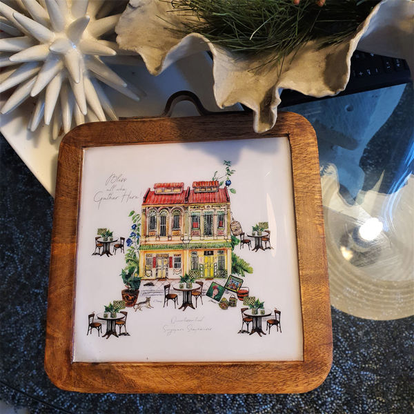 Picture of JTMUSES-Mango Wood Trivet with Decorative Enamel of Shophouse