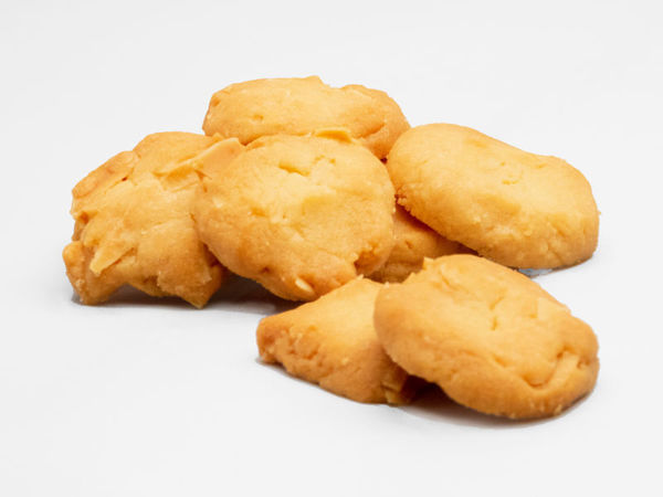 Picture of Eggless Butter Almond Cookies