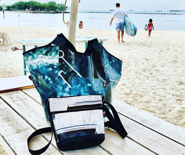 Picture of Upcycled Beach Bag (billboard banners)